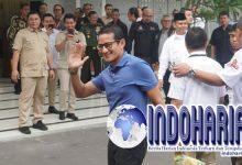 Heboh!! Jalani Tes Kesehatan, Sandiaga Tenteng Infused Water di RSPAD