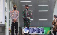 Permalink to Porli Dan TNI Disiplinkan Protokol Kesehatan Ke Mal Dan Pasar