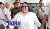 Permalink to Tidak Mematuhi PSBB Seluruh Keluarga Nunung Positif Corona