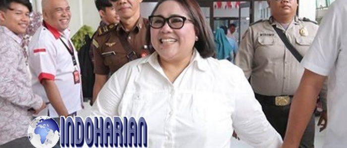 Tidak Mematuhi PSBB Seluruh Keluarga Nunung Positif Corona