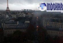 SADIS! Paris Rusuh BBM Hancurkan Simbol Negara!!
