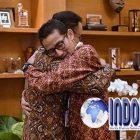 VIRAL!!! Foto Pelukan Anies Dan Sandi Di Ultah Prabowo