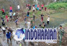 Cegah Banjir Warga Kudus Dan TNI Turun Tangan