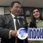 Hotman Bantah Syahrini Diberi Uang Oleh Firts Travel