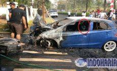Permalink to Warga Komplek Grandwis Dihebohkan Peristiwa Mobil Terbakar Tiba-tiba