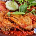 Cara Mudah Membuat Ayam Goreng Sambal Merah, Hanya 30 Menit